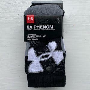 Kids Under Armour crew socks